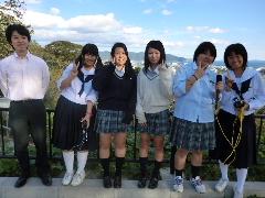 宮城県の2つの商業高校を訪問